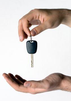 услуги проката автомобиля